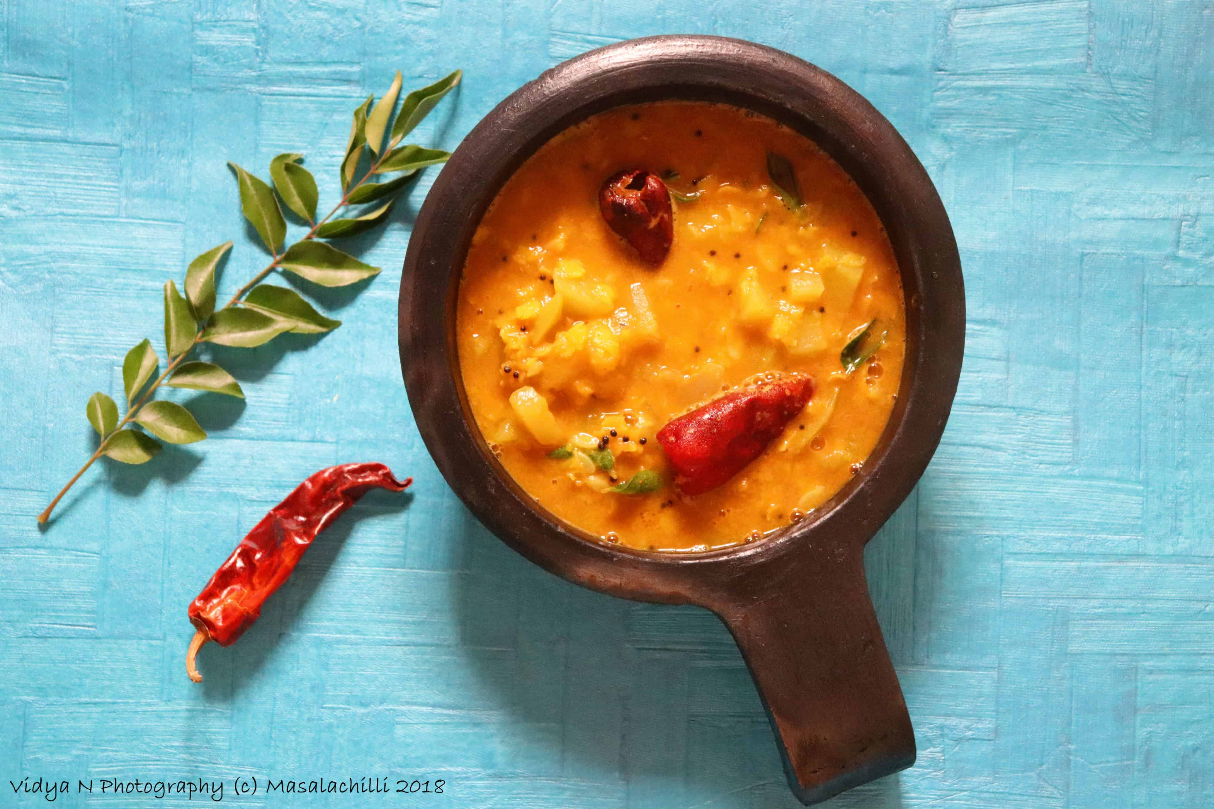Bottle Gourd (Lauki / Doodhi) Dal spiced with Sambar Powder