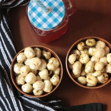 Curry Leaf Flavoured Makhana / Roasted Makhana Recipe