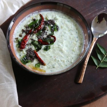 Zucchini and Cucumber Thayir Pachadi / Tempered Courgette and Cucumber Dip in South Indian Style