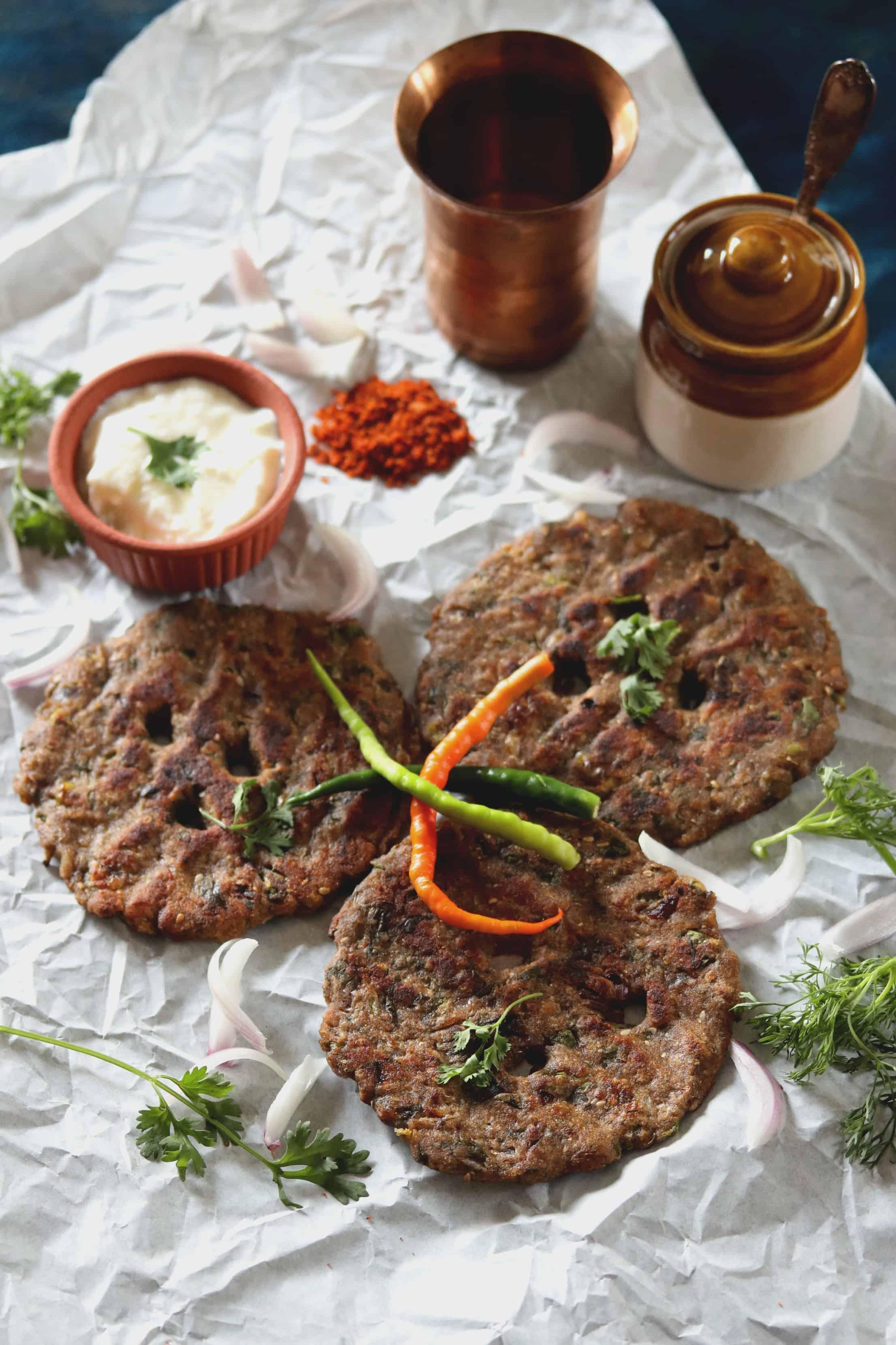 Methi Thalipeeth Recipe