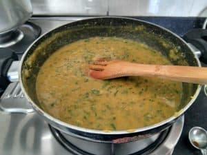 Simmering pan of Ambat Goad Varan