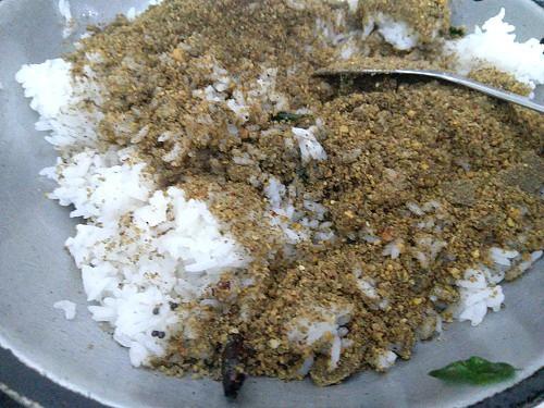 Rice and ellu podi mixed with salt