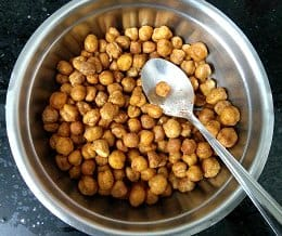 Air Fryer Roasted Chickpeas Ready to be served