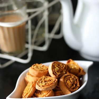 Air Fryer Bhakarwadi (Tea Time Dry Snack Recipe)