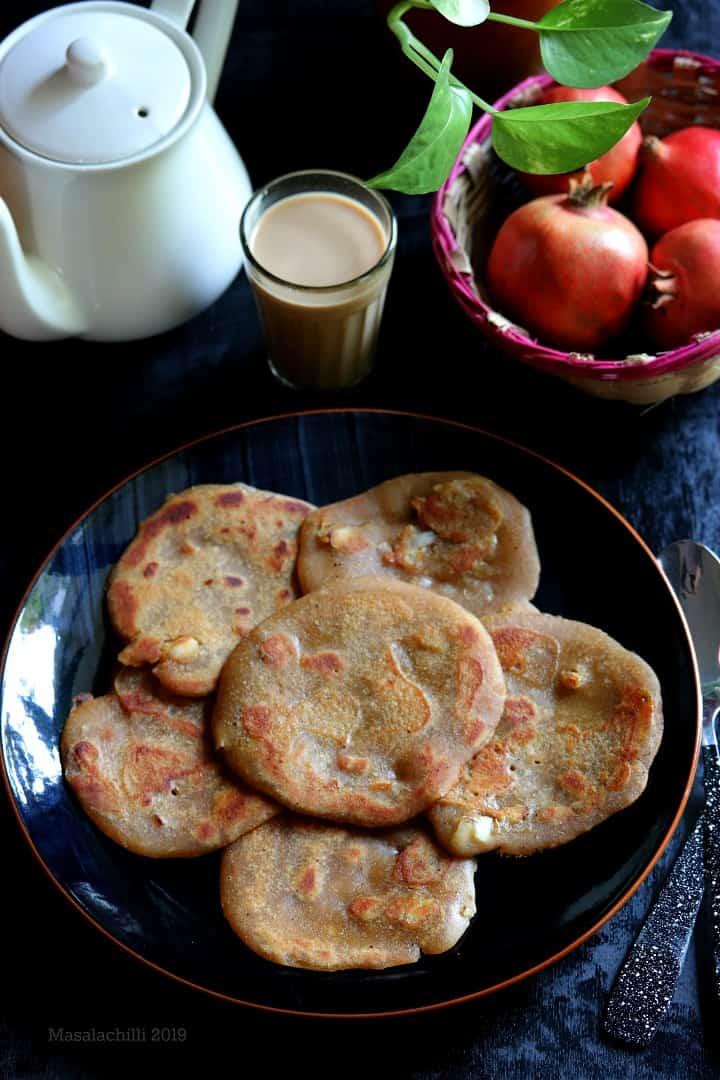 Vella Dosai / Instant Wheat Flour Jaggery Sweet Pancakes