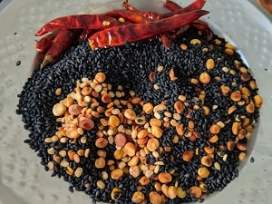 Roasted Ingredients for Ellu Podi