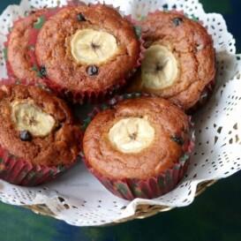 Banana Chocolate Chip Muffins (Whole Wheat, Eggless)