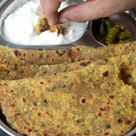 Spring Onion Paratha (Hare Pyaaz Ka Paratha)