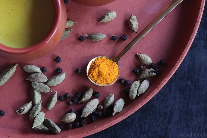 Turmeric Milk Recipe | Manjal Milagu Paal